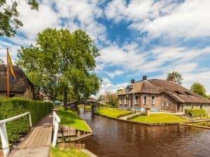 Bezoek Giethoorn - Fietswandelvakantie.nl
