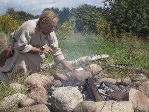 Vuursteenbewerken - Hunebedcentrum Borger