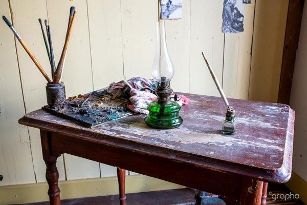 Van Gogh Huis - Schilders tafeltje van Vincent van Gogh